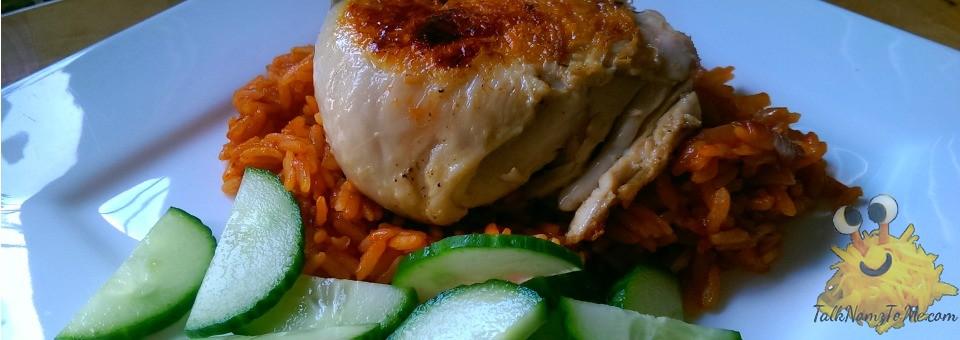 Gebakken rijst met kippenpoten