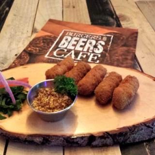 Borrelplateau special bij Burgers & Beers in Roosendaal