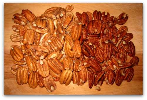 fresh pecans on the left, store-bought on the right