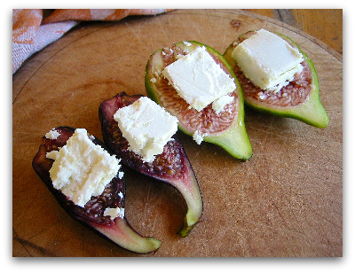goat cheese topped figs