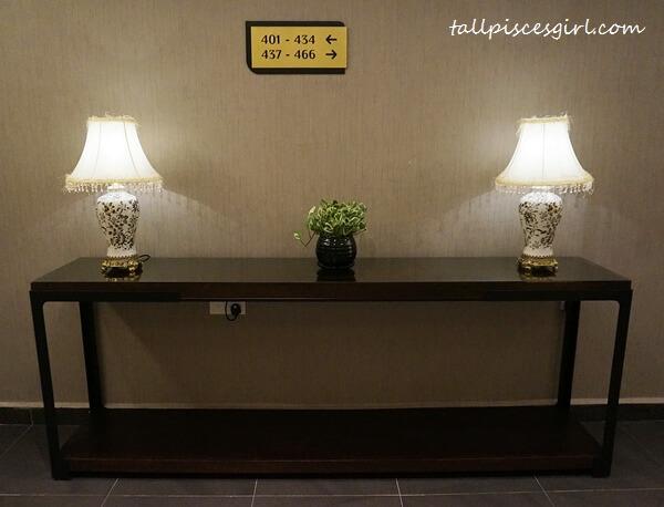 Estadia by Hatten - Hotel Lift Corridor