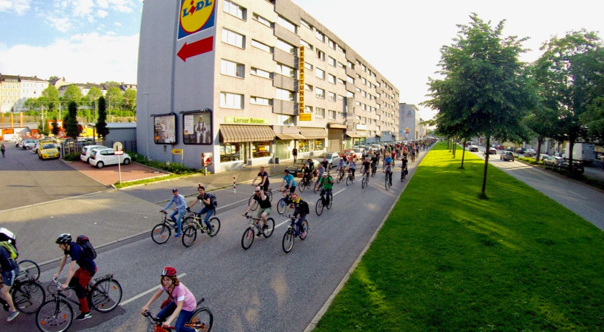 Let's celebrate – 100. Critical Mass Wuppertal