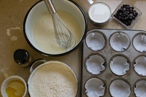 הכנת מאפינס וניל ואוכמניות