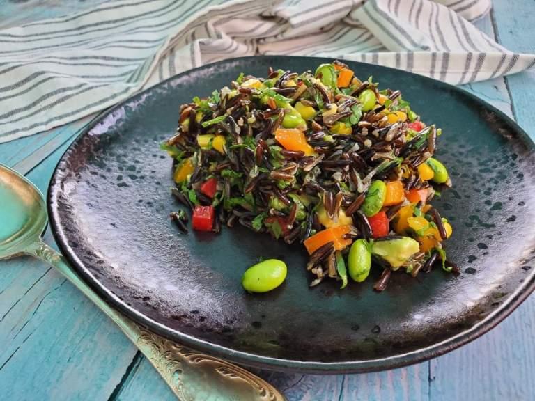 סלט אורז בר צבעוני וחגיגי - מושלם לאירוח לסתם ליום יום