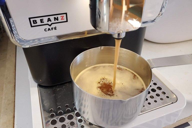 הכנת אספרסו לריבת אגסים
