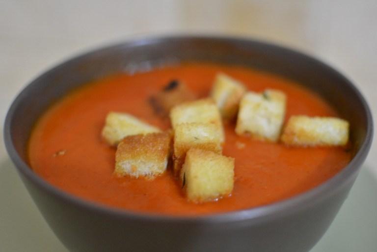 מרק פלפלים קלויים
