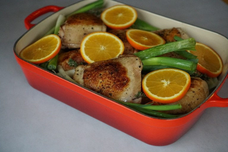 עוף צלוי עם שומר ברוטב תפוזים