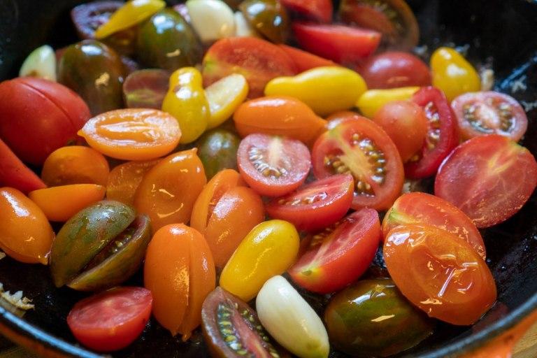 טיגון העגבניות