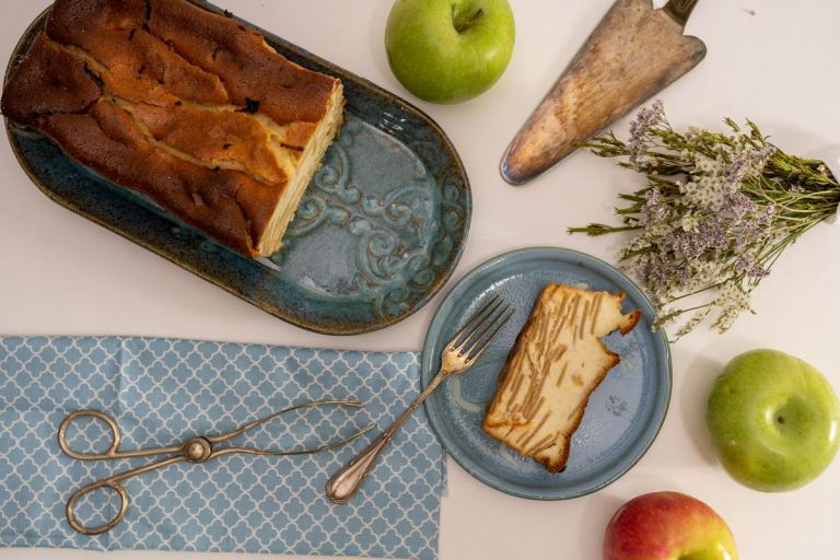עוגת גבינה ותפוחים