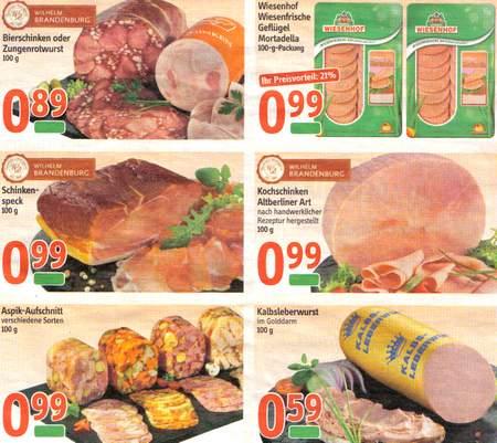 Eine Seite Reklame mit Fleisch-Angeboten eines Supermarktes