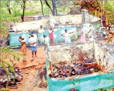 Temple-Car-Torched-in-Villupuram