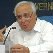 kapil-sibal apologises