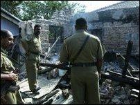 Kattankudy Police inspecting the site