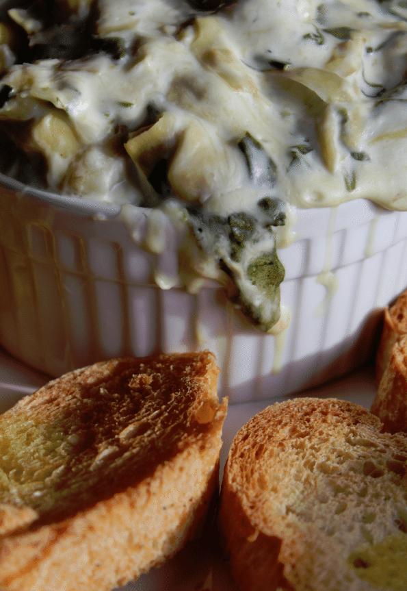Crock Pot Spinach Artichoke Dip Recipe