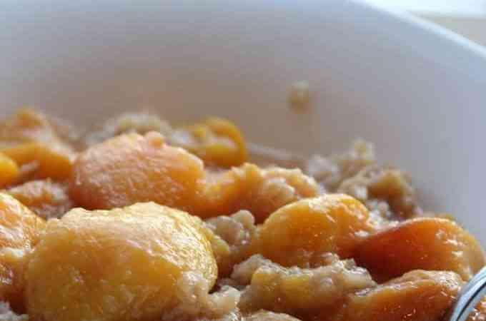 Crock Pot Peach Crumble
