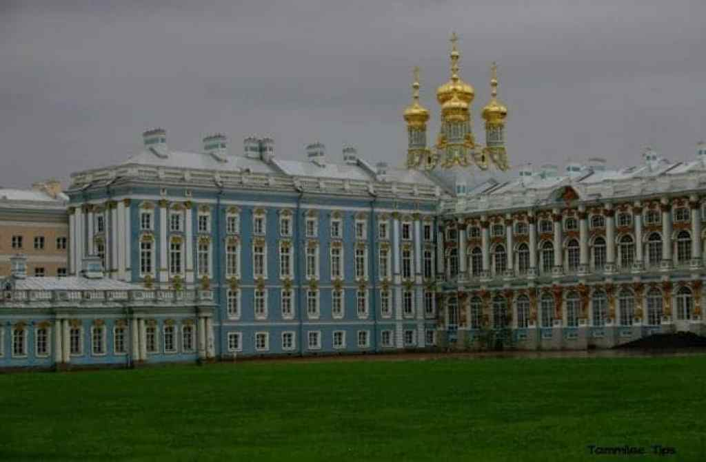 Katherines-Palace-St-Petersburg.jpg