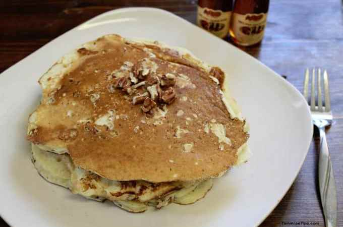 Copy Cat Cracker Barrel Pecan Pancakes