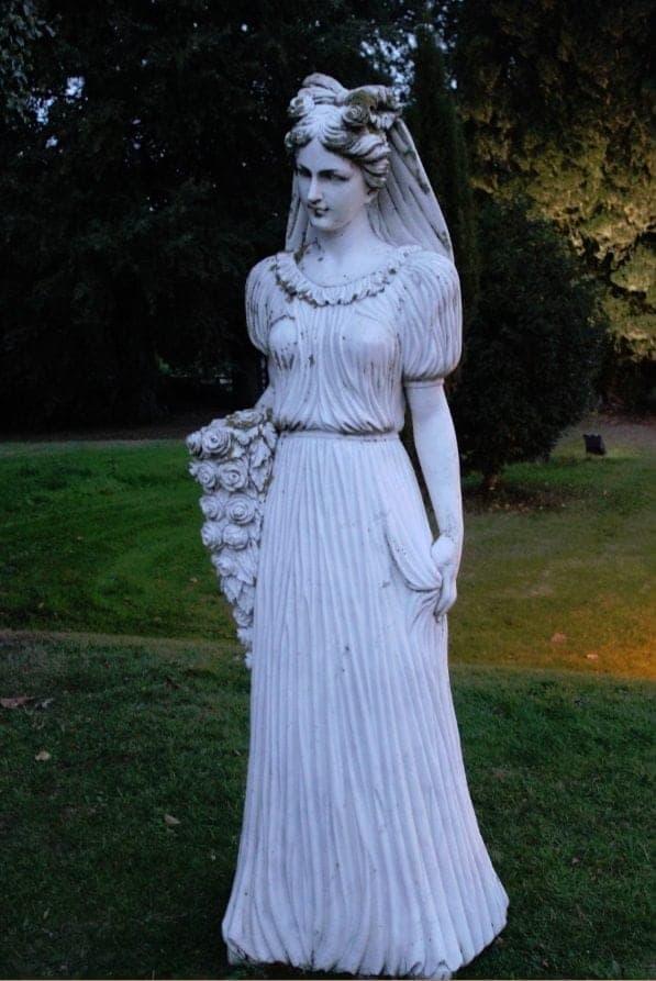 Lyrath House Estate Statue