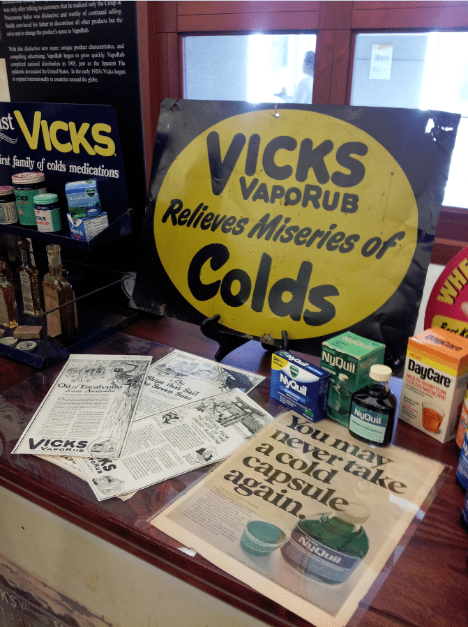 PG Archive Center Vicks
