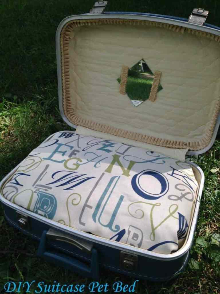 Super Cute DIY Suitcase Pet Bed