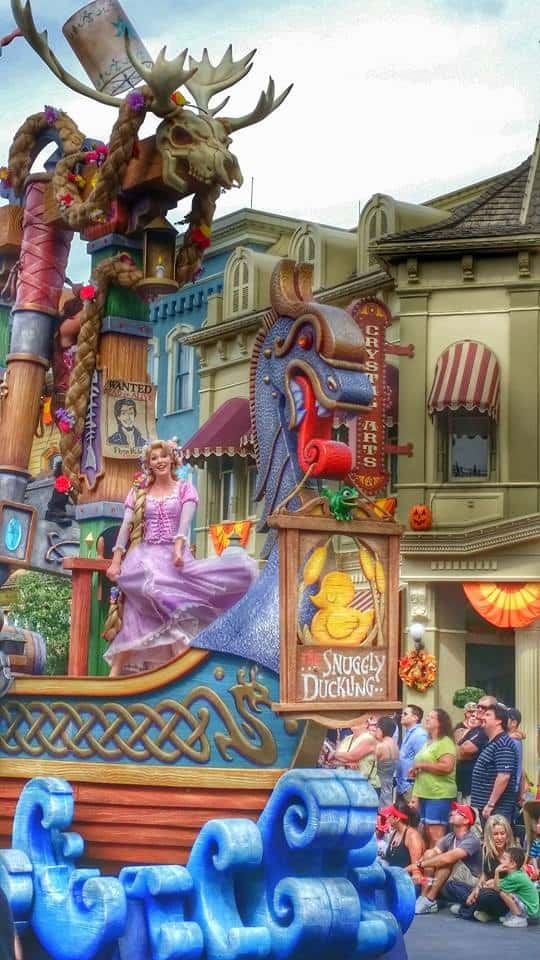 Rapunzel Disney World Parade