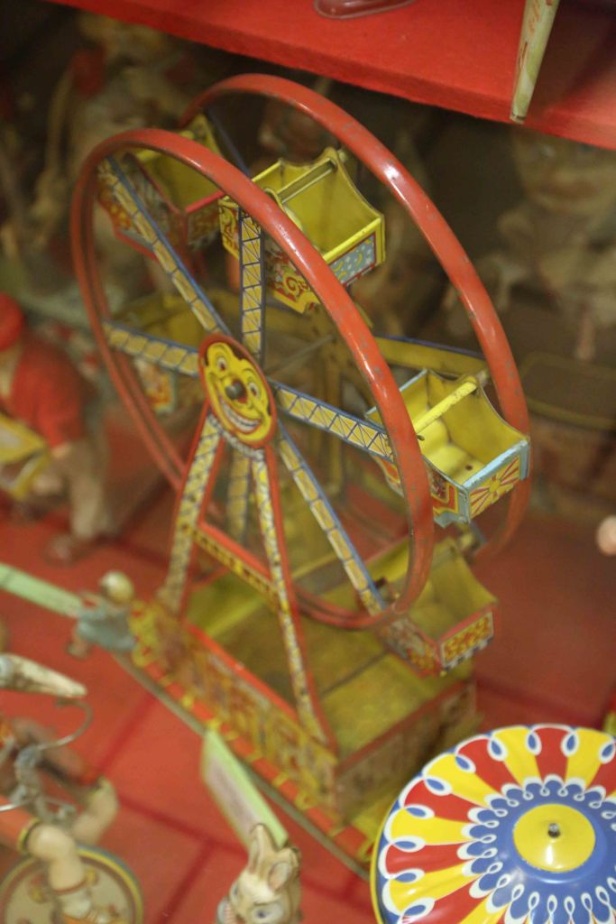 Blog Ferris Wheel at Branson Toy Museum_edited-1