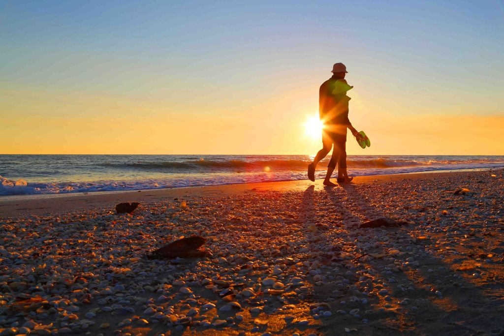 Blog Sunset Beach Walk Sanibel Island Florida