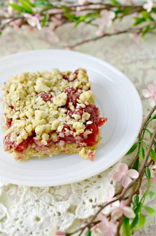 Easy Cherry Cake Bars Recipe