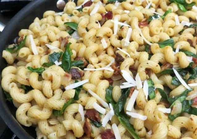 Wilted Spinach Bacon Pasta Recipe