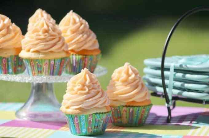 Easy Homemade Orange Julius Cupcakes Recipe