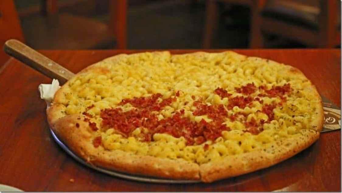 Mac and Cheese pizza at Great Basin Brewing Company