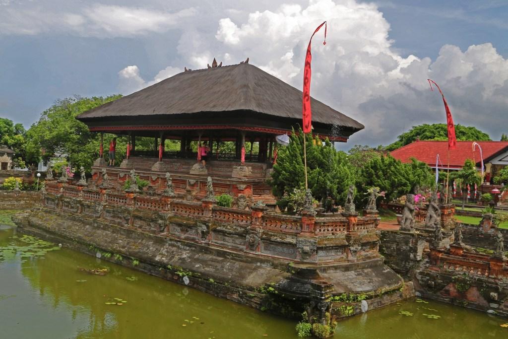 klung kung palace