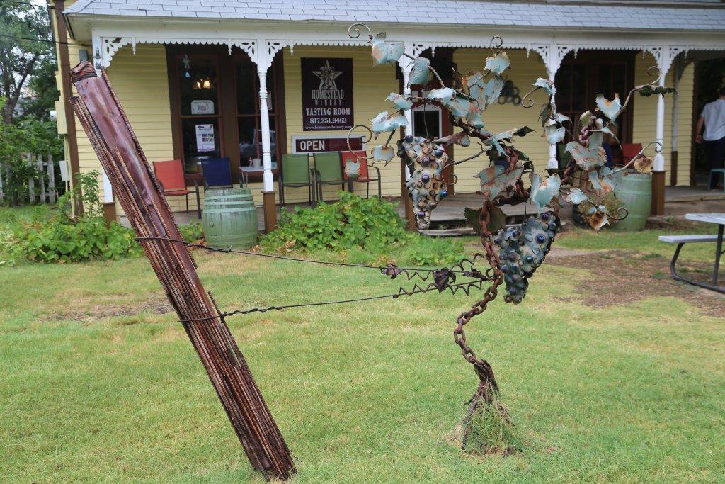 Homestead Winery Grapevine Texas sculpture
