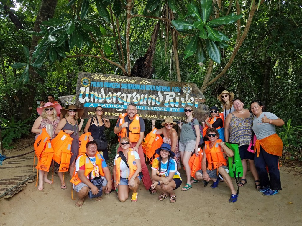 group-photo-underground-cave-tour-philipines