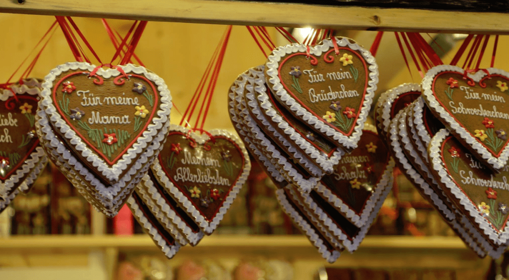 austria-gingerbread-hearts
