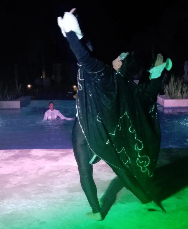 phantom-of-the-opera-swimming