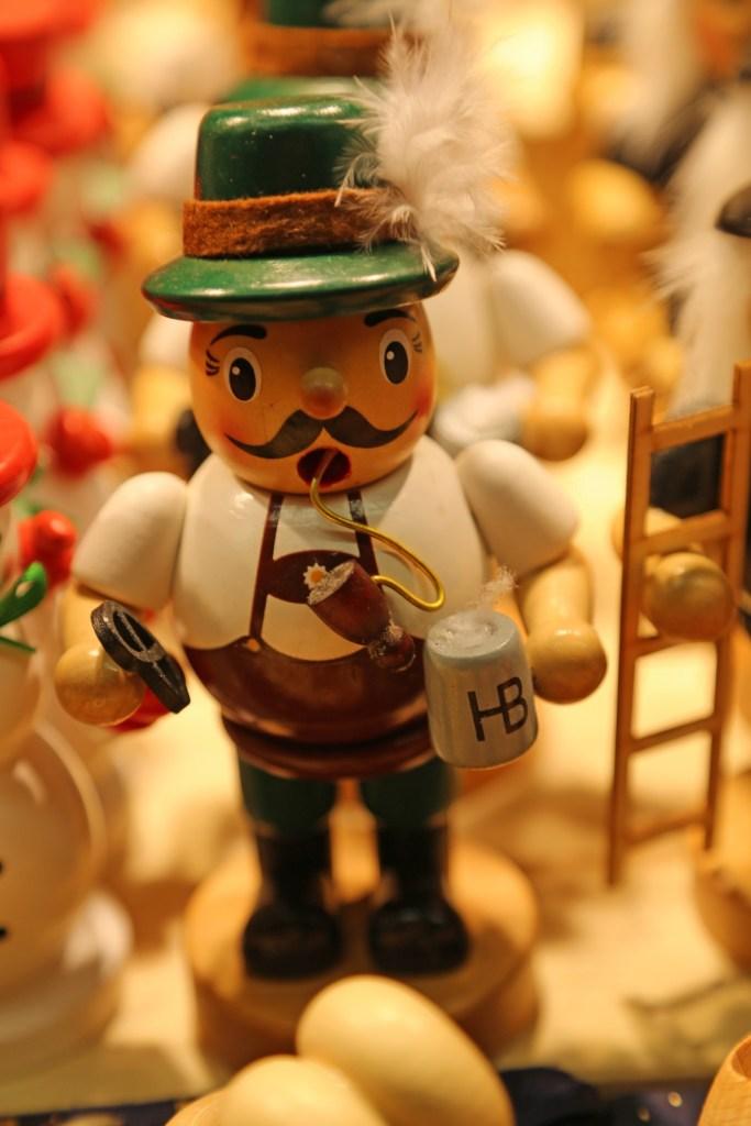 german-with-beer-and-pretzel-christmas-ornament-salzburg-austria