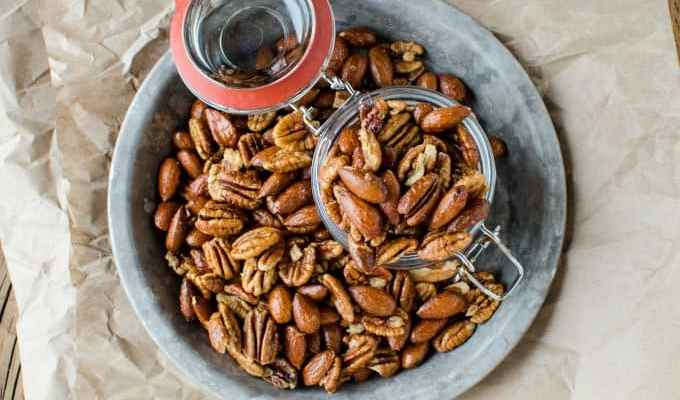 Slow Cooker Crock Pot Sweet and Spicy Nuts