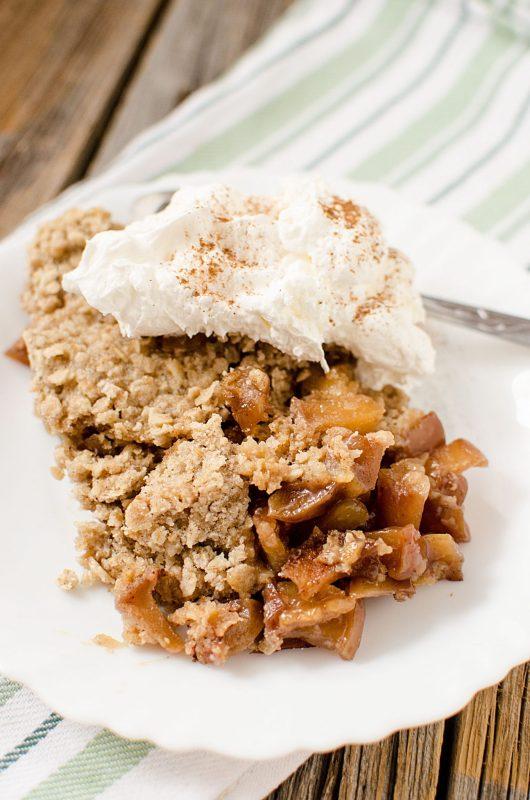 Slow Cooker Apple Crisp Recipe With Caramel Tammilee Tips