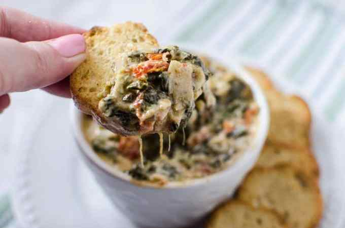 Slow Cooker Crock Pot Spinach Artichoke Dip with Sun-dried tomatoes and Artichokes