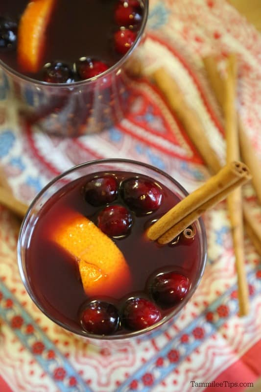 Easy Mulled Wine Recipe made in the crock pot. Perfect for the Christmas holiday or a winter night. The Slow cooker does all the work! Great for holiday parties! #recipe #wine #crockpot #slowcooker