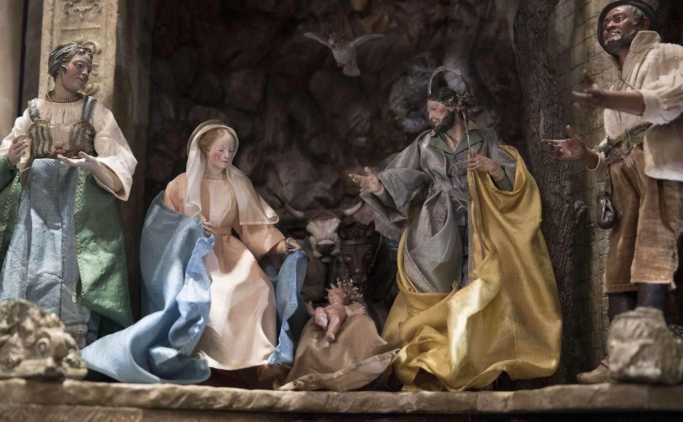 Image result for white house christmas 2017 nativity