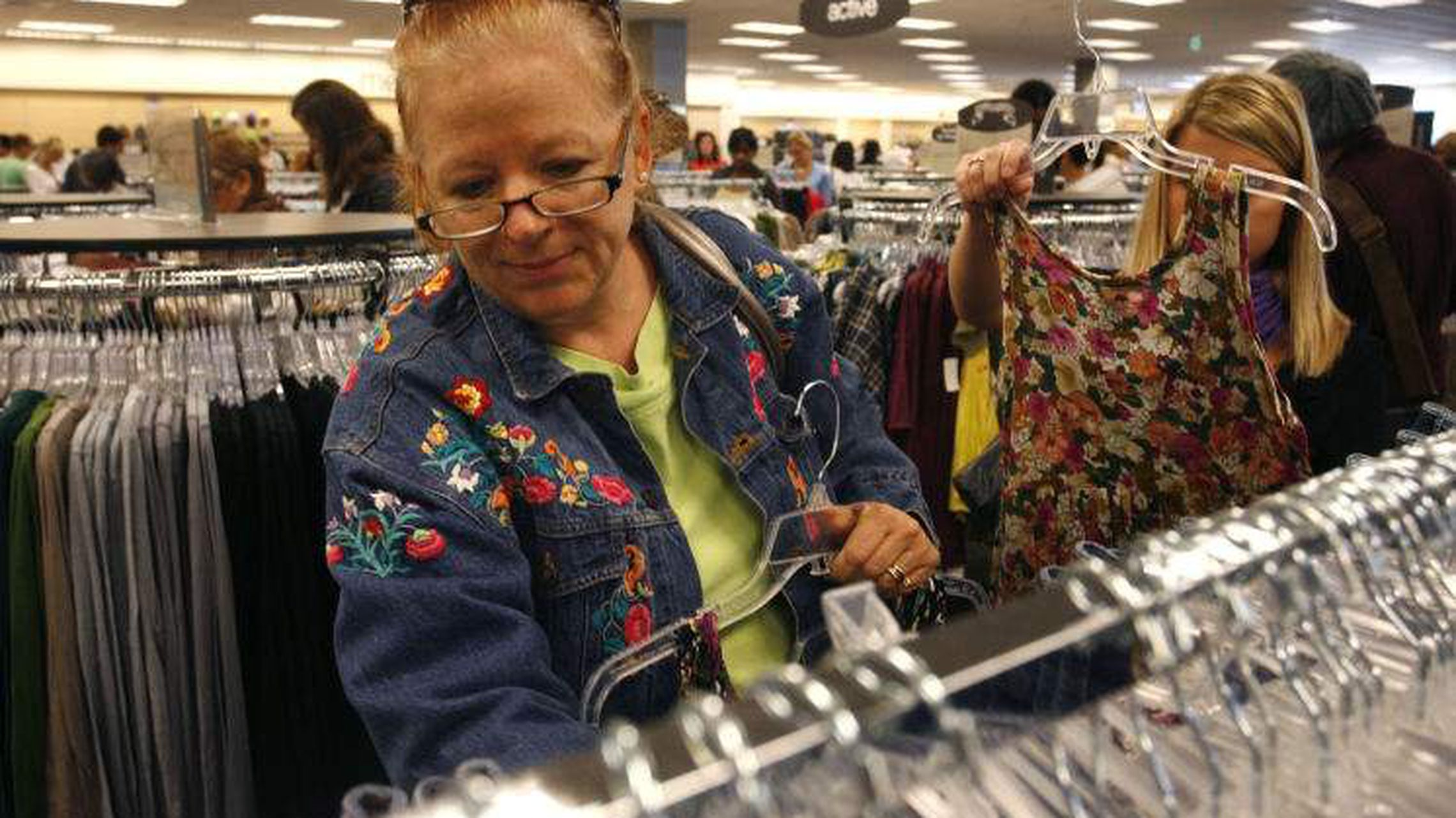 Nordstrom Rack has been serving customers for over 40 years offering many of the same brands and trends as Nordstrom for less. Nordstrom Rack To Open First Pinellas Store In 2015