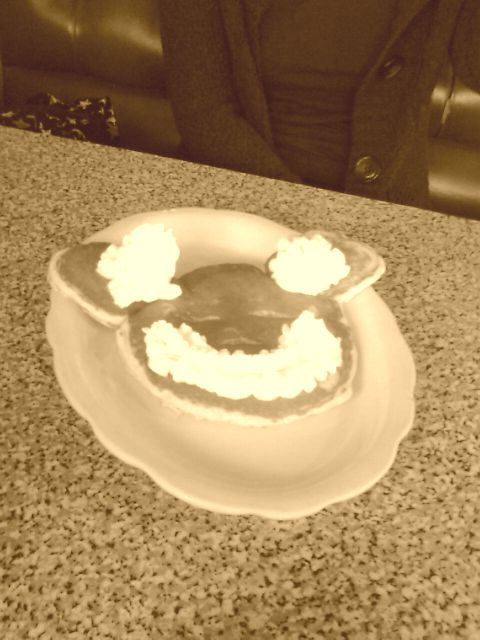 nikos-revisit-breakfast-mouse