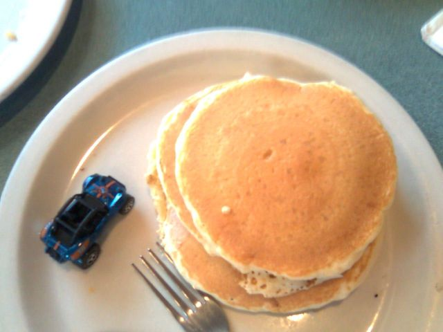lennys-breakfast-small-pancakes
