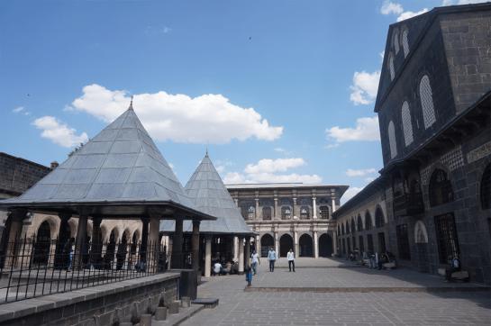 La place de la grande mosquée