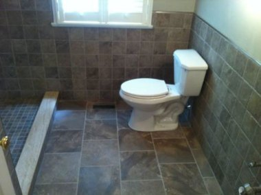 366464-bathrooms_photo3