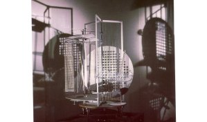 Lázló Moholy-Nagy, Light Prop for an Electric Stage (1930)