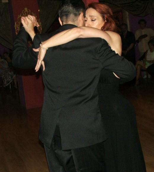 bailando-Remembranzas-en-La-Yumba