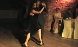 vado in milonga per divertirmi carlos gavito https://www.youtube.com/watch?v=4ejJjL9CnSY